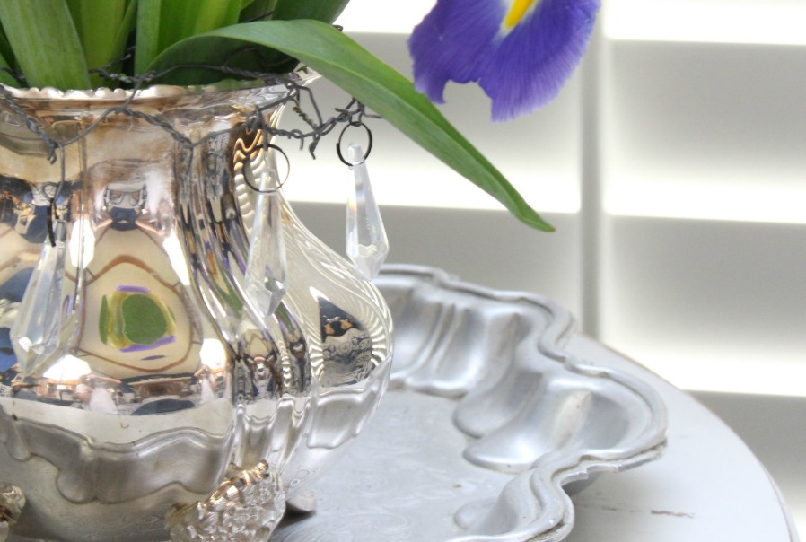 Vintage silver pieces can be used in so many different ways in home decor.
