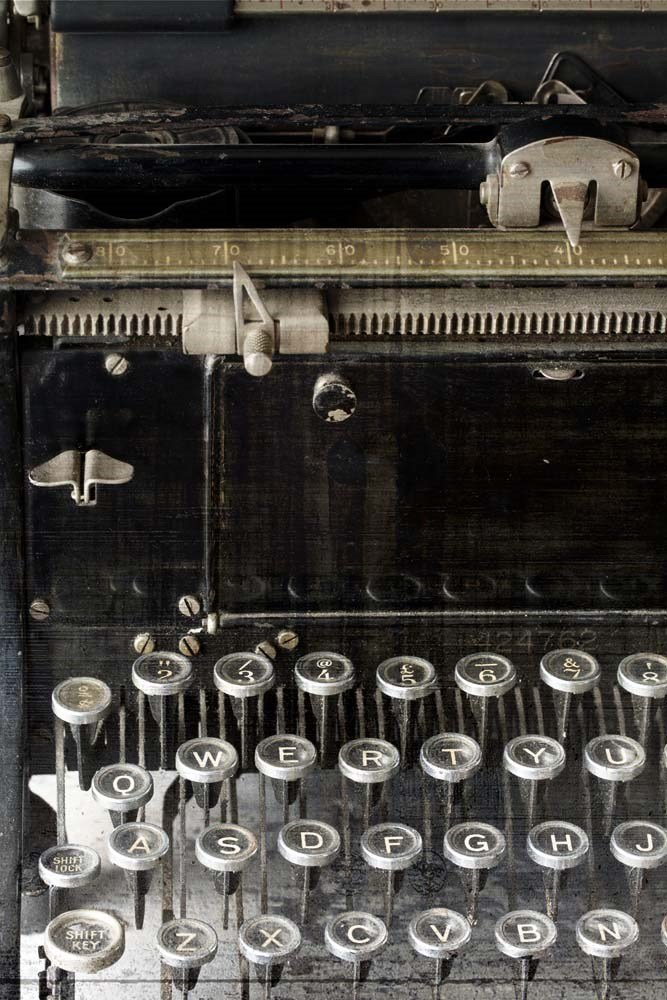 Vintage typewriters provide a unique flair to your decorating vignettes! Consider these tips when choosing one or more to use in your decor!