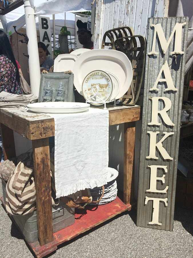Vintage market and sale season is in full swing. Get ready to navigate booths filled with vintage goodness galore and emerge a victorious vintage shopper.