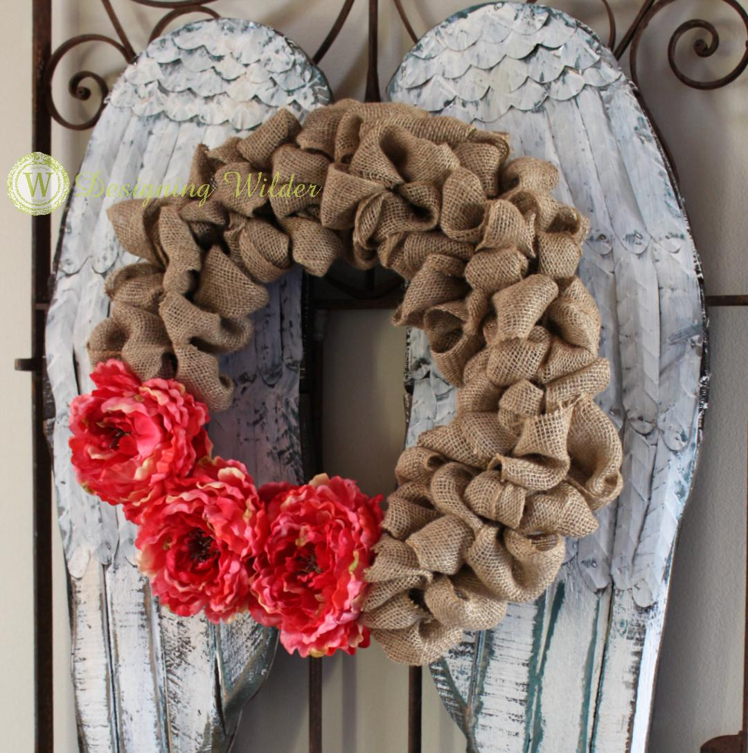 One of the fastest ways to add a pop of excitement to a decorating dilemma is by using a wreath to work magic! Endlessly versatile & as unique as you are!